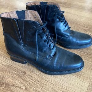 Vintage Bronx leather ankle boots